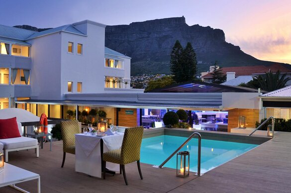 5 Night Cape Town and Pilanesberg Combo